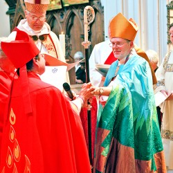 New Episcopal bishop installed in Portland