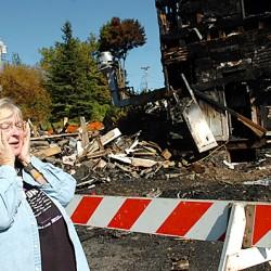 Baldacci visits Milo fire site