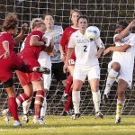 LaBelle's goal helps Bears tame Great Danes
