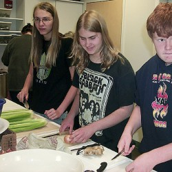 Rockland Middle School Students participate in RASA Cooking Matters class
