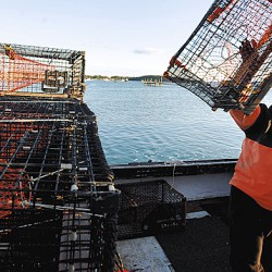 Maine lobstermen instruct candidates on fishing issues