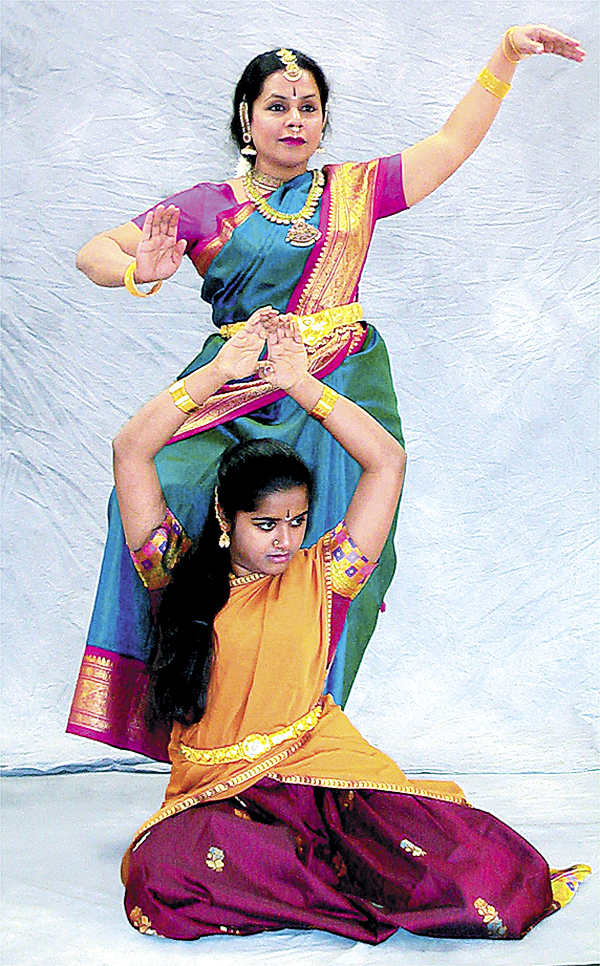 Indhra Rajashekar, traditional arts master, and apprentice Rangapriya Rajashekar will perform their East Indian dance on Friday, Nov. 21, in a celebration of Maine artists at the Penobscot Theatre in Bangor.