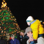 Rockland's Festival of Lights draws crowds