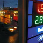 Drivers seek out cheap gas