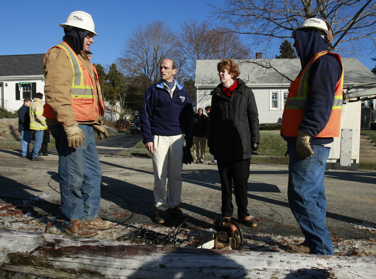 Governors inspecting storm damage Sunday