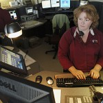 Dispatcher who helped boy save mom wins award