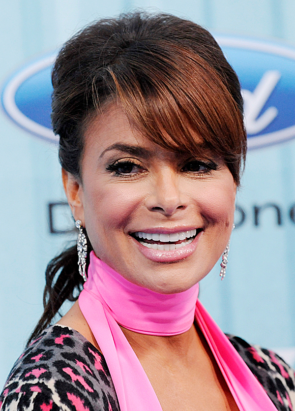 FILE - In this March 5, 2009 file photo, &quotAmerican Idol&quot judge Paula Abdul arrives at the American Idol Top 13 Party in Los Angeles. (AP Photo/Chris Pizzello, file)