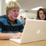 During visit to Portland, laptop program gets seal of approval from Apple CEO