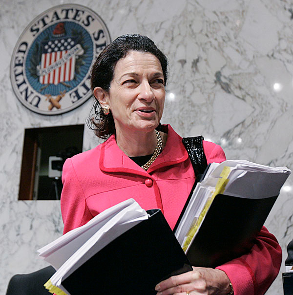 Senate Finance Committee member Sen. Olympia Snowe, R-Maine arrives on Capitol Hill in Washington, Friday, Sept. 25, 2009, as the committee continued its markup of the health care legislation. (AP Photo/Susan Walsh)