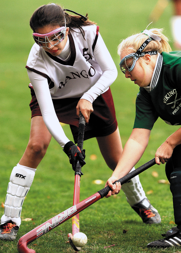 Bangor's Darcy Andrade, left, and Oxford Hills DominqueHutchins battle for control of the ball during 2nd period action on Friday, Oct. 16, 2009. Bangor won 1-0. (Bangor Daily News/Kevin Bennett)