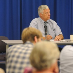 Michaud to take calls tonight on health reform