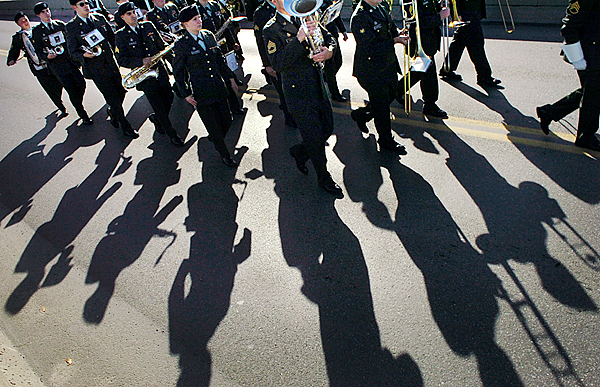 Members of the Maine Army National Guard Band cross the Joshua Chamberlain Bridge into Bangor during the Veterans Day parade Wednesday, Nov. 11, 2009. (Bangor Daily News/Bridget Brown)