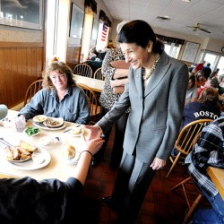 Snowe talks health care on Bangor walk