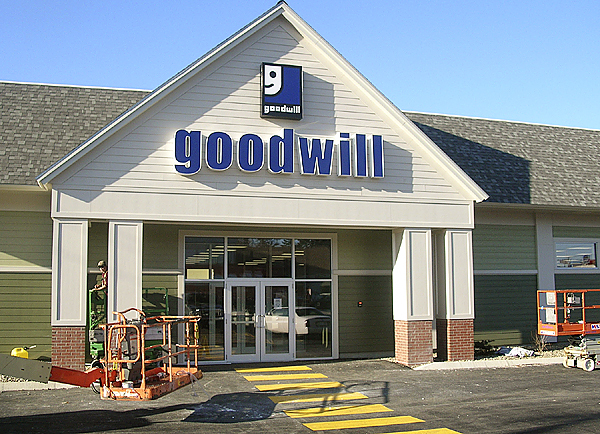 Crews were at work this week to get the new Good Will store in Ellsworth in shape for the grand opening which is scheduled for Friday. (Bangor Daily News Photo by Rich Hewitt)