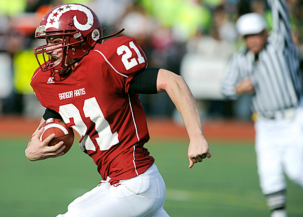 Bangor High School running back Lonnie Hackett takes the ball in the second quarter of their Class A State Football Championship against Windham High School at Fitzpatrick Stadium in Portland Saturday, November 21, 2009. The Windham High School Eagles won 35-21. (Bangor Daily News/ John Clarke Russ)