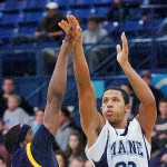 Quinnipiac men hold off Maine