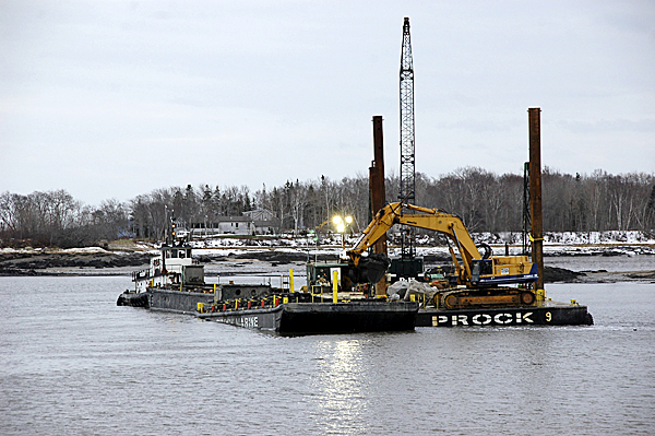 Milbridge  dredging at Wyman District in Narraguagus Bay, Sunday, Dec. 13, 2009.   PHOTO COURTESY OF ELIZABETH STROUT