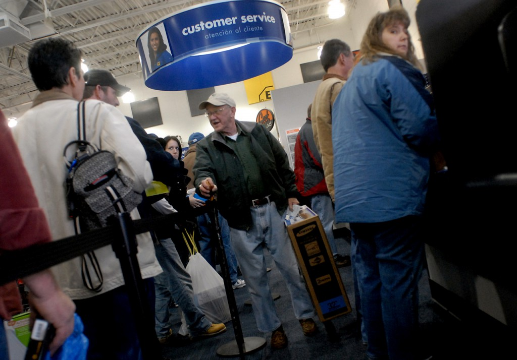 BANGOR, ME -- DECEMBER 26, 2009 -- Richard Moreau of Veazie gets a 32&quot Samsung television at Best Buy after returning the one he had.  The TV wouldn't turn on, so Moreau returned it for another of the same. LINDA COAN O'KRESIK