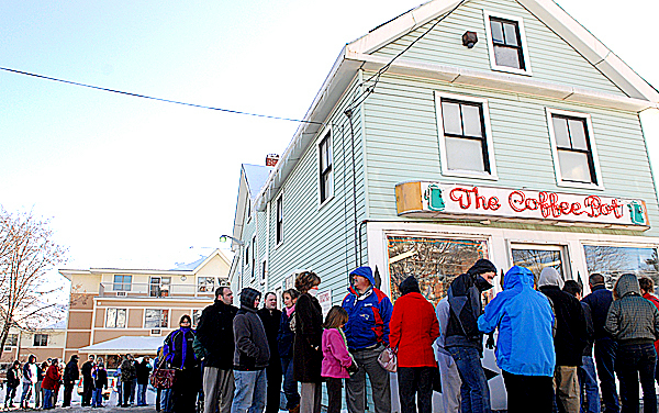 At lunchtime Wednesday, a line of loyal customers wraps around The Coffee Pot on State Street in Bangor. The owner, Skip Rist, announced the long-time favorite sandwich shop and landmark with thousands of devoted customers is set to close on New Year's Eve.Photogrpahed December 30, 2009. BANGOR DAILY NEWS PHOTO BY JOHN CLARKE RUSS