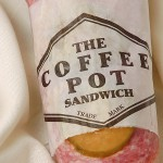 Crowds gather to try next-generation 'Coffee Pot' sandwich