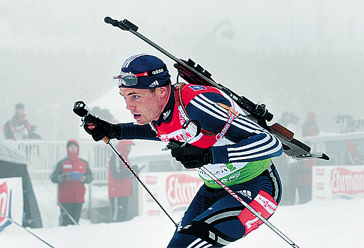 Tim Burke of USA competes to place second in the men`s 15 km mass start at the Biathlon World Cup in Oberhof, Germany, Sunday, Jan. 10, 2010. (AP Photo/Matthias Rietschel)