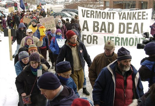A throng of demonstrators arrives at the State House in Montpelier, Vt., on Wednesday, January 13, 2010 at the conclusion of a 126-mile walk in support of retiring the Vermont Yankee nuclear power plant. The walk began on January 2, 2010 with 70 people leaving Brattleboro, Vt. (AP Photo/Jeb Wallace-Brodeur/The Times Argus)