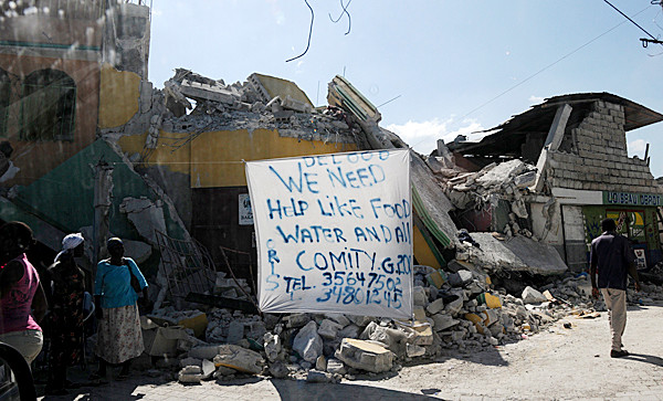 Undated Haiti scene, post-earthquake. (Photo by Bob Chagrasulis) GOES WITH MEG HASKELL STORY.