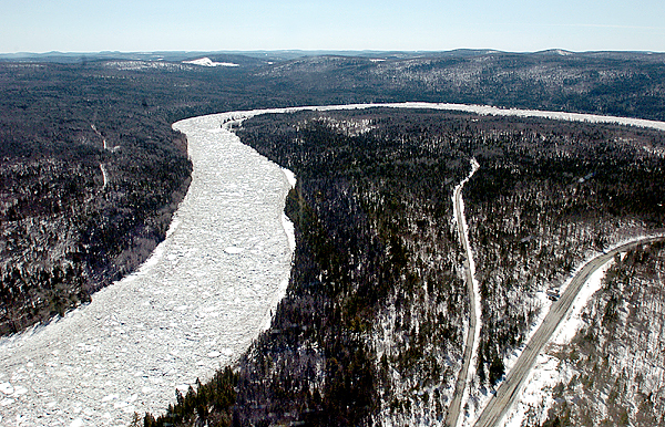 A massive ice jam on the St. John River in Allagash is causing residents to be concerned about potential flooding.  The jam, which starts around Big Rapids just beyond Dickey, is about 5 miles long with areas as thick as 30 feet. (BANGOR DAILY NEWS PHOTO BY LINDA COAN O'KRESIK)