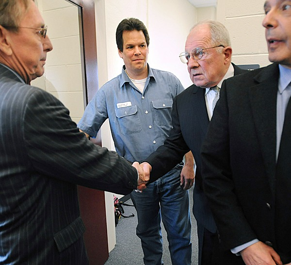 Dennis Dechaine (center left) walks out of a meeting with attorneys at the Maine State Prison in Warren Wednesday afternoon.   Dechaine met with famed deffence attorney F. Lee Bailey (center right) who agreed to be a consultant on his petition for a new trial.  He was convicted for murdering twelve-year-old Sarah Cherry of Bowdoinham in 1988.  Also pictured are Dechaine's Maine attorneys Steve Peterson (left) and John Nale. BANGOR DAILY NEWS FILE PHOTO BY GABOR DEGRE