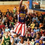 Harlem Globetrotters brave snow, show off skills for Bangor Auditorium audience
