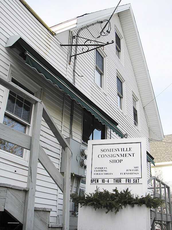 This consignment shop, in the village of Somesville on Mount Desert Island, is where police say Northeast Harbor resident Dianna Brochendorff, 62, sold more than $141,000 worth of stolen items since last summer. Brochendorff is accused of stealing nearly $200,000 worth of items, most of them high-end designer clothes, from a former friend in Connecticut.  BANGOR DAILY NEWS PHOTO BY BILL TROTTER