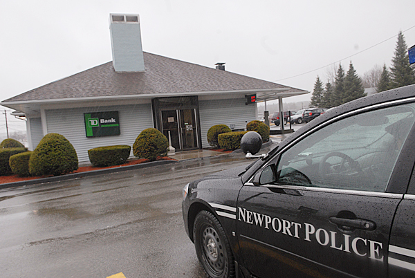 Newport Police, Penobscot County Sheriff's Dept. and State Police responded to a bank robbery at TD Bank's office on 77 Main Street in Newport Wednesday morning, March 31, 2010. BANGOR DAILY NEWS PHOTO BY JOHN CLARKE RUSS