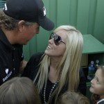 Mickelson emerging as a Masters favorite