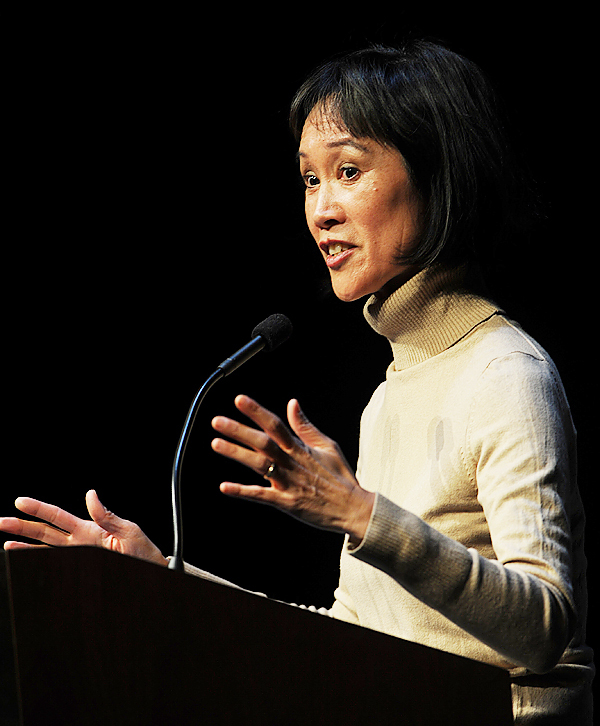 Best-selling author Tess Gerritsen speaks Tuesday, April 20, 2010 at the Gracie Theatre at Husson University. (Bangor Daily News/Kevin Bennett)