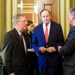 Democrats push Wall Street bill to full Senate