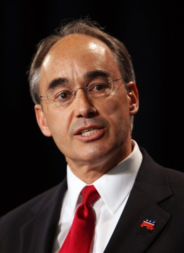 Republican gubernatorial candidate Bruce Poliquin speaks Saturday, May 8, 2010 during the second day of the Maine Republican State Convention in Portland, Maine.  (AP Photo/Joel Page)