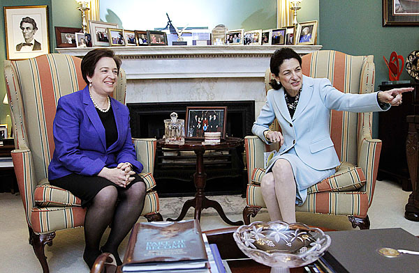 Supreme Court nominee Elena Kagan meets with Sen. Olympia Snowe, R-Maine, on Capitol Hill in Washington, Thursday, May 20, 2010.   (AP Photo/Manuel Balce Ceneta)