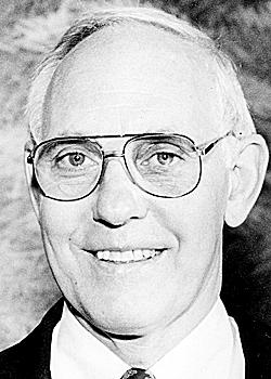 Walter Abbott, former UMaine AD. BANGOR DAILY NEWS FILE PHOTO BY MICHAEL C. YORK (1991)