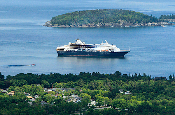 In this  June 4, 2010 photo, the  Maasdam, a 1258-passenger cruise ship, sits at anchor in Frenchman's Bay off Bar Harbor, Maine. (AP Photo/Robert F. Bukaty)