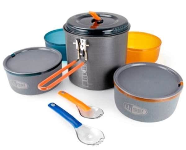 The Pinnacle Dualist is an innovative, self-storing cookset from GSI outdoors, perfect for your two person adventures.  The set includes a 1.8 liter pot, 2 bowls, 2 mugs with lids, 2 telescoping Foons (fork/spoons), stove bag, and stuff sack.  The genius here is in the details: the crush-proof pot lid doubles as a strainer, the mugs have insulating sleeves to keep your drinks warm and ?Sip-It? lids for?you guessed it?sipping, the stuff sack can be used as a sink, the folding handle keeps the set securely closed in-transit, and the whole set stores within itself along with your ultralight stove and fuel canister (sold separately).