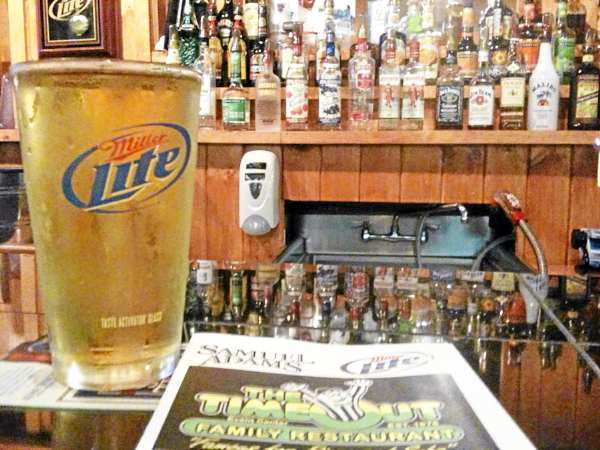 A just-served beer at the bar of the Time Out Family Restaurant in Brewer just before noon on July 1, 2010. (Bangor Daily News /John Clarke Russ) WITH RICKER STORY TIMEOUTLIC