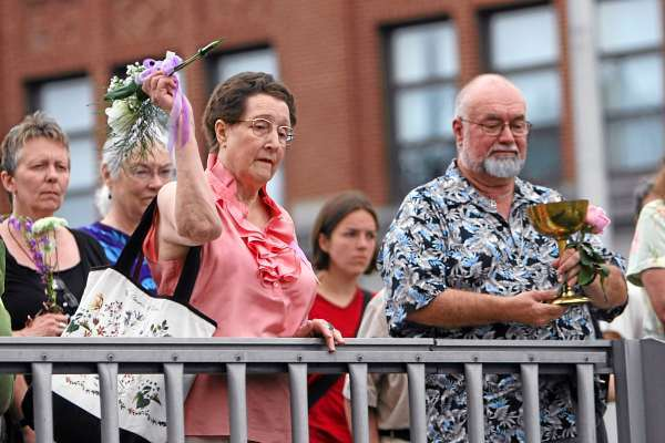 Memorial dedication, art exhibit, dance to remember Charlie Howard in Bangor