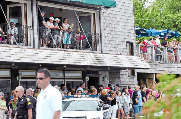 Crowds gather to get a glimpse of the president in Bar Harbor on Friday morning, July 16, 2010. BANGOR DAILY NEWS PHOTO BY BRIDGET BROWN