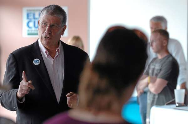 Independent candidate for governor Eliot Cutler speaks to a group of people gathered at his newly opened Bangor campaign office on Tuesday, July 20, 2010. (Bangor Daily News/Kevin Bennett)
