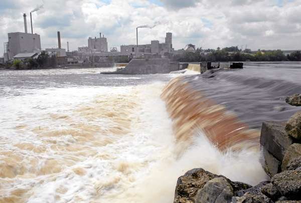 Penobscot River trust takes possession of three dams