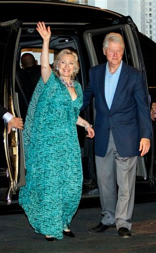 Bill and Hillary Clinton arrive for a party in honor of Chelsea Clinton and Marc Mezvinsky Friday, July 30, 2010 in Rhinebeck, N.Y.  (AP Photo/Mary Altaffer)