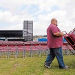 Crowds heavy but affable for Skynyrd-Daniels concert