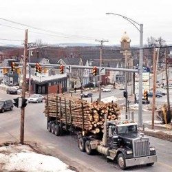 Senate bill raises truck weight limit in Maine