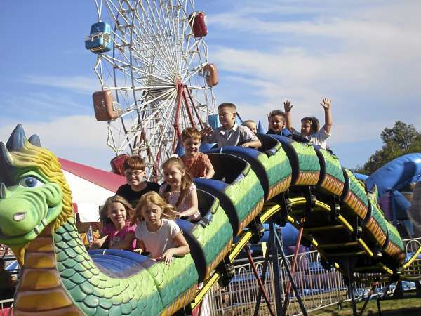 Maine Auto Mall >> Blue Hill Fair has normal crowds, despite rain — Hancock — Bangor Daily News — BDN Maine