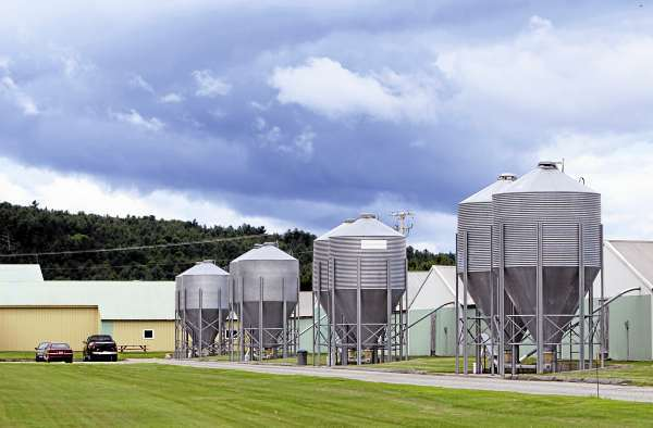 FILE - This July 1, 2010, file photo shows the exterior of the Quality Egg of New England egg farm in Turner, Maine. Maine will soon see if its egg farm inspections withstand congressional scrutiny. A congressional committee has requested inspection records and documents related to any allegations of egg contamination at three Maine farms, including this one, with ties to Jack DeCoster. The request follows a recall of 380 million eggs from an Iowa farm owned by DeCoster because of possible salmonella contamination. (AP Photo/Robert F. Bukaty, File